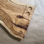 קרש חיתוך והגשה מעץ זית