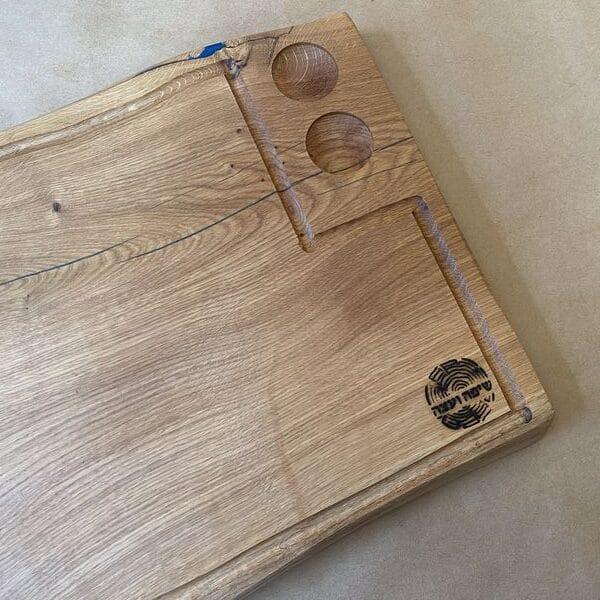 קרש חיתוך בוצ'ר- לנתחים מעץ אלון בשילוב אפוקסי