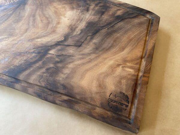בוצ'ר עץ טבעי לבשר